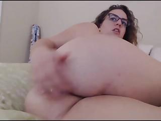 Bubble Butt Girlfriend Gets A Cum Shower For Dinner