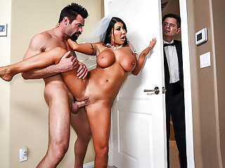 Brazzers � Catch The Garter Belt, Fuck The Bride