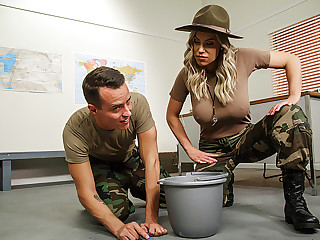 Brazzers � The MILF In The Military
