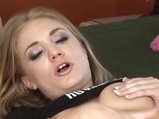 Solo blonde fingering fun in bed