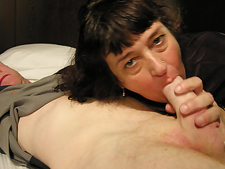 This housewife loves a throbbing cock