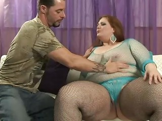 Gingerhead BBW doing blowjob