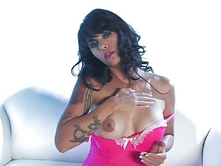 Hot Asian plays with her pussy