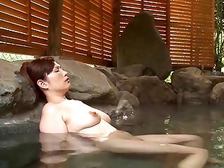 HIMURA REIKO ENJOYS A STEAMY HOT SESSION VIDEO ONLINE