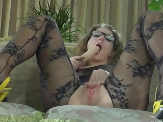 Barbara featured in pantyhose video