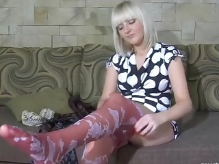 Cora featured in pantyhose video
