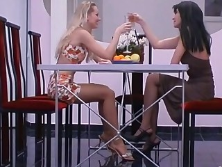 Sophia and Rosaline furious pantyhose action