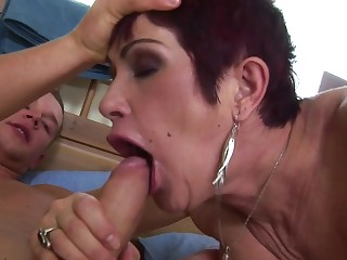 Mature slut is in the mood for creampie and pee