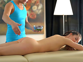 Massage Table Anal