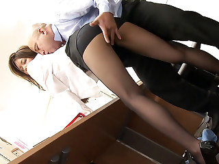 Stunning Asian slut China Mimura enjoys in group sex