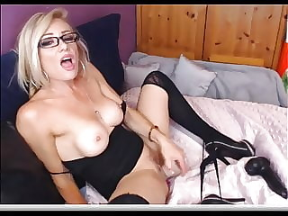 Hot Mom Play With Big Toy