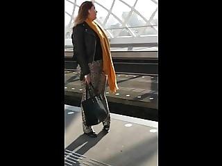 Metro Station Voyeur