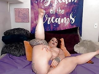 Plump with big butt and tight ass hole