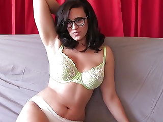 You will cum hard for a stunner like me JOI