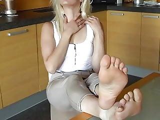 Feet to eat