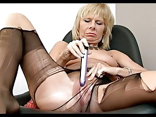 Petite Brit Milf Rips Open Her Tights To Get To Her Cunt.