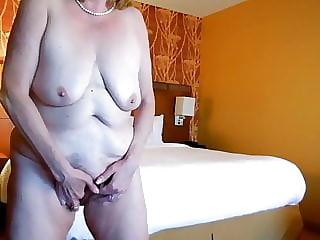 Super saggy tits!