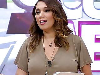 Zuhal Topal Nipple
