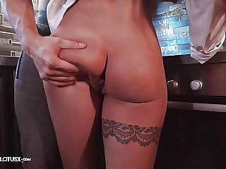 Girlfriend Suck Big Cock and Hardcore Sex after Work