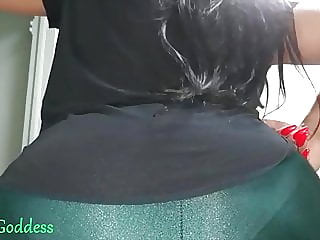 Big booty latina farts