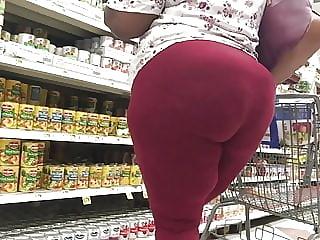 Mature Ebony With A Fat Back