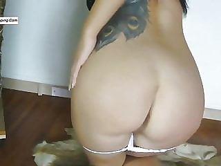 Stinky thong farts