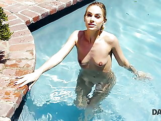 DADDY4K. Beautiful miss has passionate outdoor sex with Bfs