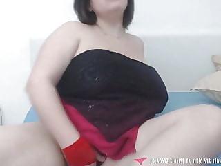 Pregnant BBW masturbates in her room - Vends-ta-culotte