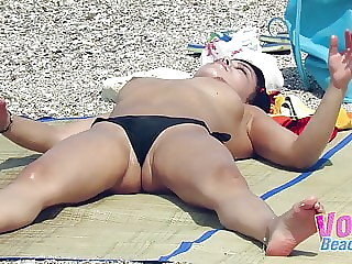 Hot Topless Beach Amateurs Voyeur Big Boobs Video