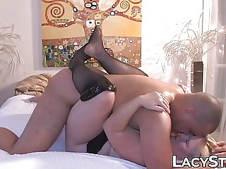 Hot UK granny with amazing titties gets BBC banged
