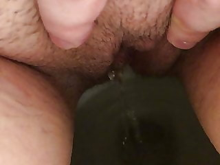 Hairy MILF Pussy Pissing Peeing