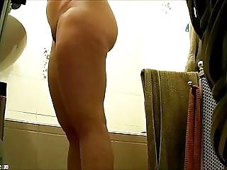 Big Ass Woman in Bathroom-Spy Cam Clip