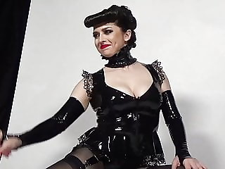 Mistress Bella Lugosi - Video - BTS