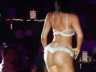 Karolina Brenes sexy contest2.