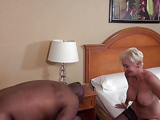 Mature White Woman Loves Younger Hung Black Men Creampie