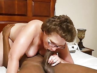 Granny Face Sitting On Black Stud BBC LOVER