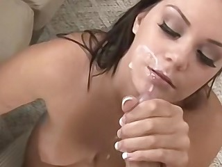 Big tit brunette babe ready to show off her oral skills