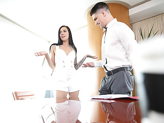 Stepsis Closing The Deal On Stepbro�s Cock