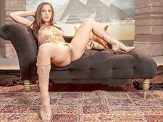 Queen of The Dick